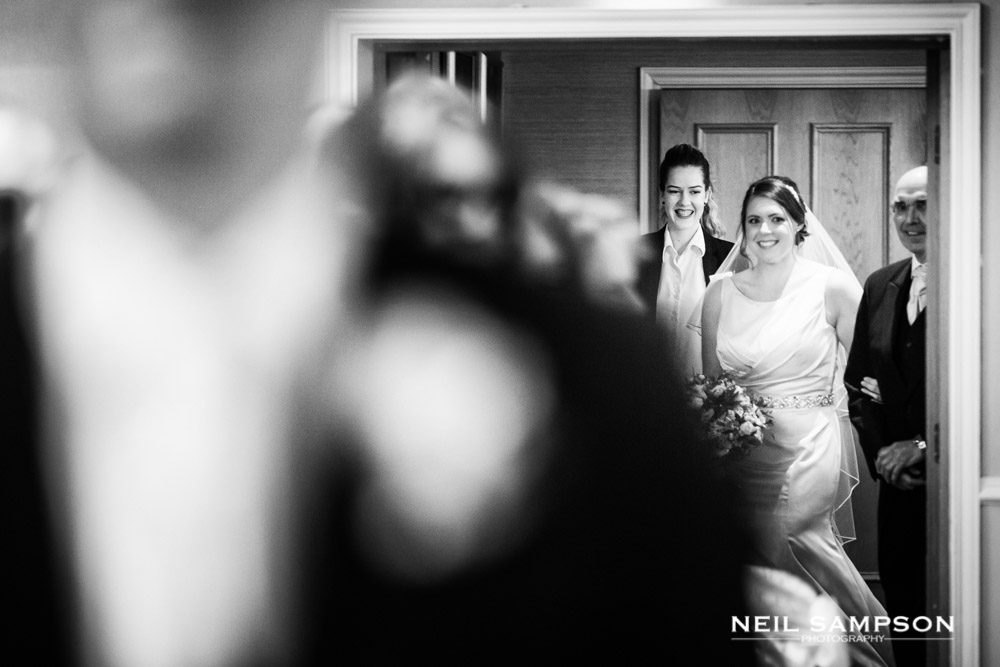 The bride makes her entrance at shendish manor